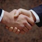 إبرام اتفاقيات في إطار التعاون و الشراكة