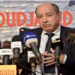 الأستاذ محمد مباركي ضيف منتدى يومية المجاهد